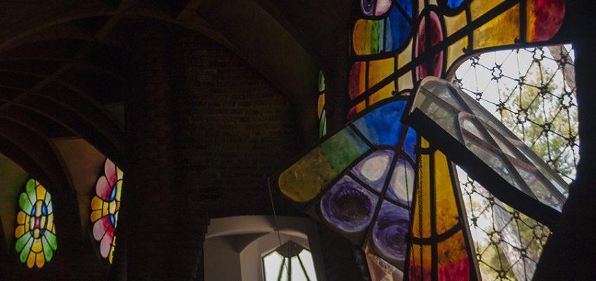 Cripta Gaudí | De Pronto A Bordo