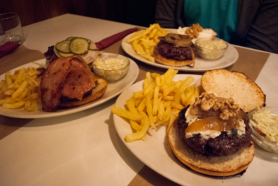 Madrid Home Burger Bar