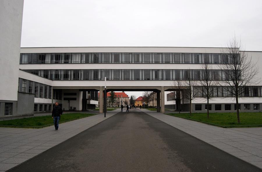 Excursi n desde berl n la bauhaus en dessau de pronto for Bauhaus berlin edificio