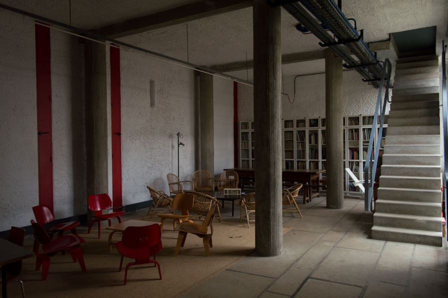 Sala de lectura de Santa María de la Tourette.