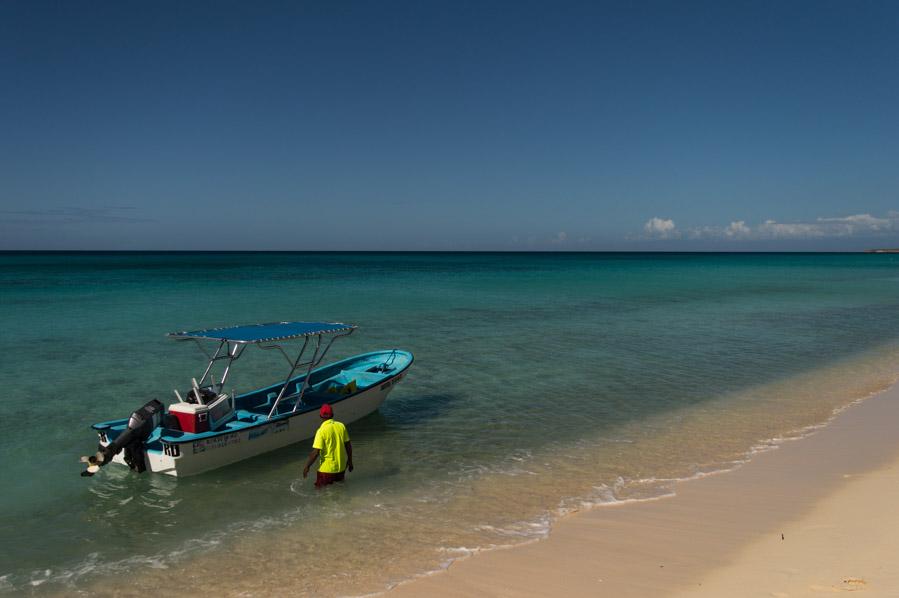 Barcas para llegar a las mejores playas de República Dominicana