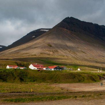 Los fiordos del oeste de Islandia, la Islandia abrupta