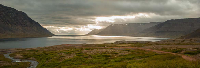 Viajar a los Fiordos del Oeste de Islandia