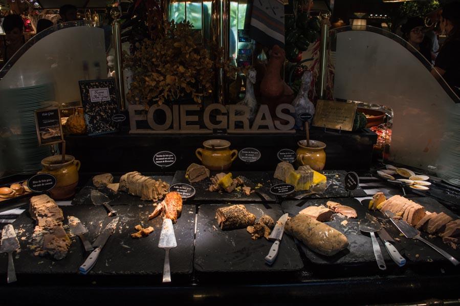 Comer en Les Grands Buffets, Narbona