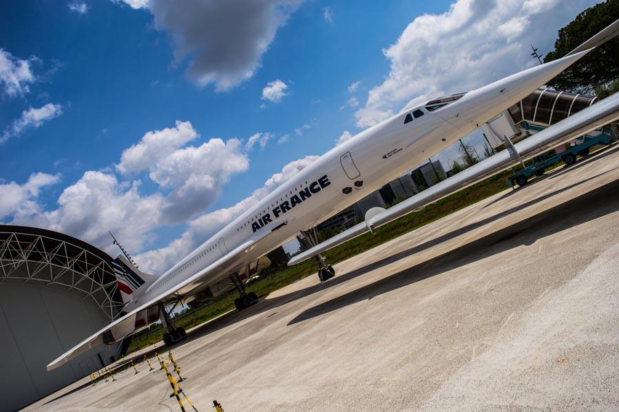 El Concorde de AirFrance luce flamante en el exterior de Aeroscopia