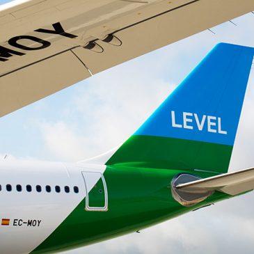 Cómo es volar con LEVEL (en turista)