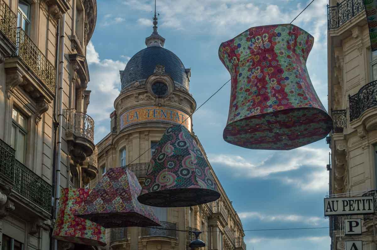 La decoración de las calles de Béziers acompañan todo el año