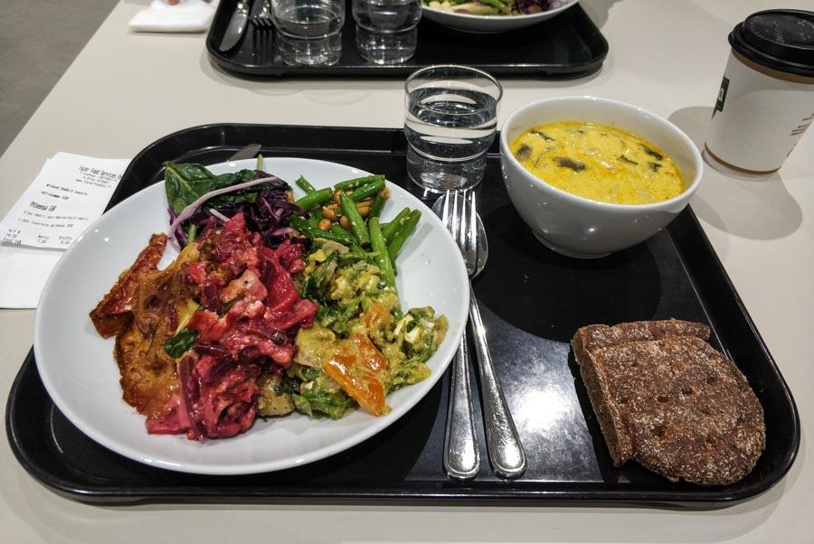 Menú vegetariano en Aalto University