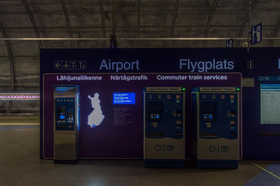 Máquinas de venta de billetes en el aeropuerto de Helsinki