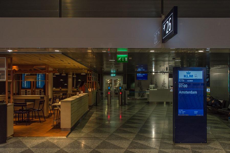 Zona de embarque del aeropuerto de Helsinki