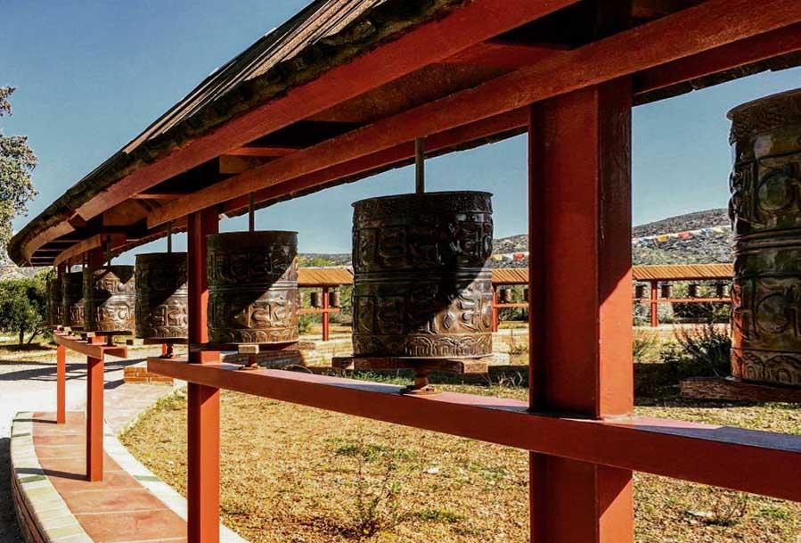 Escapada a Sakya Tashi Ling, el monasterio budista del Garraf