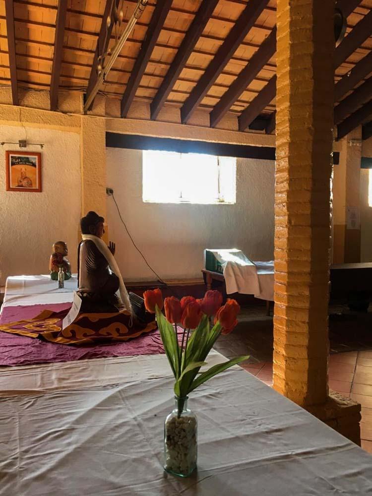 interior del Monasterio Budista en el Garraf