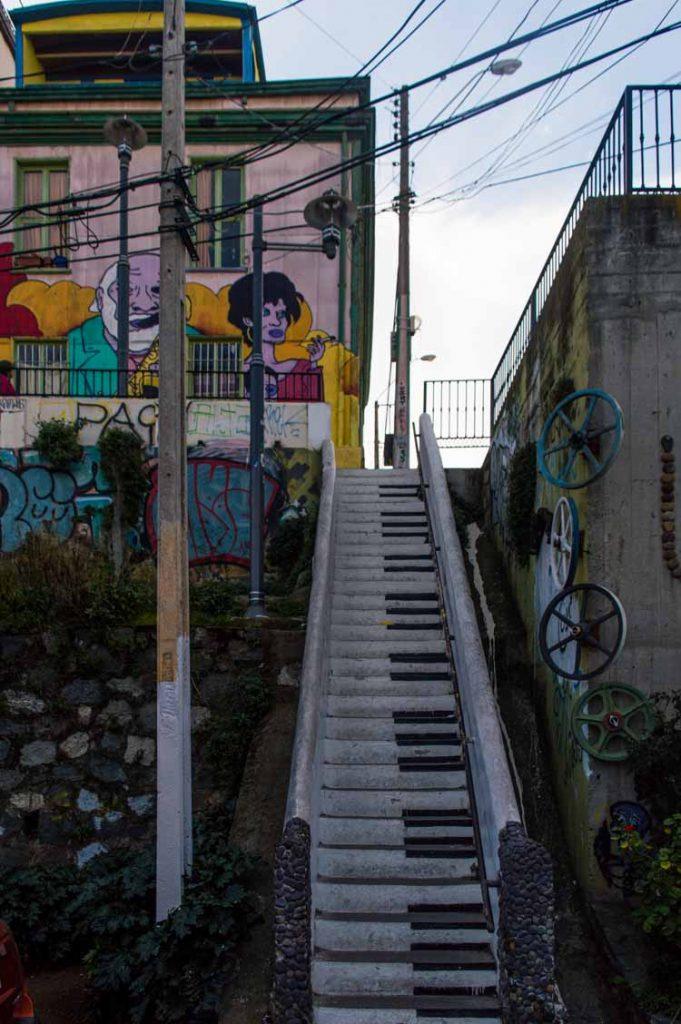 Mural del Piano en Valparaíso